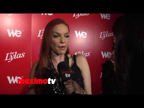 Carmit Bachar on New Music and Pussycat Dolls Comeback! klip izle