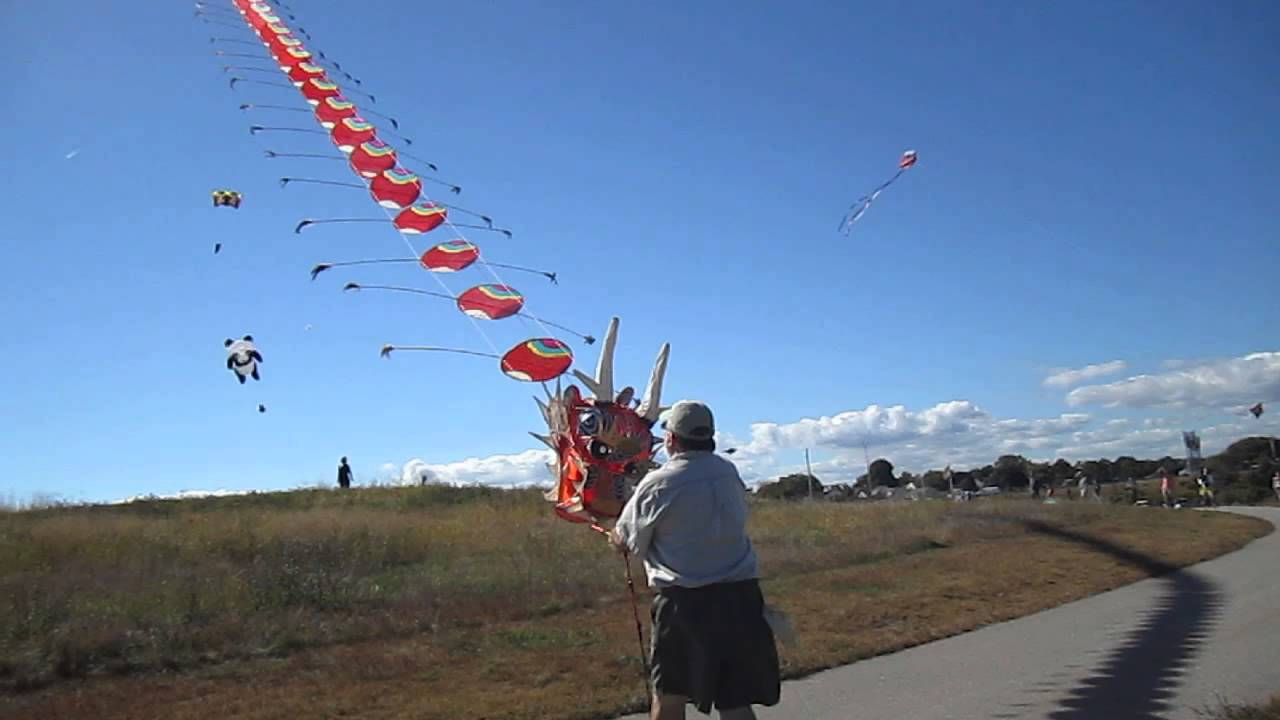 Watch How to Make Japanese Kites video