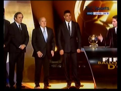 Messi gana el  Balon de oro 2012