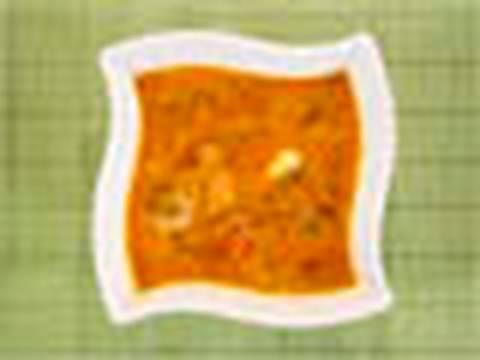 Huevos con pimientos y cebolla