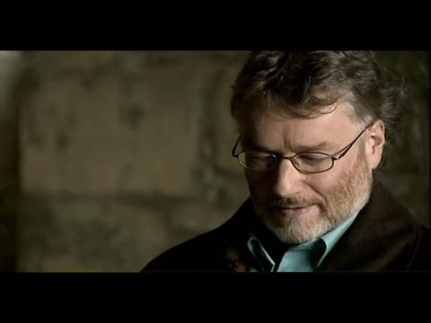 Derren with Iain M Banks - Derren Brown: Trick of the Mind