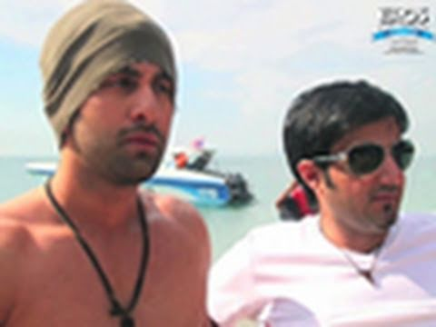 Anjaana Anjaani - Behind the scenes 1