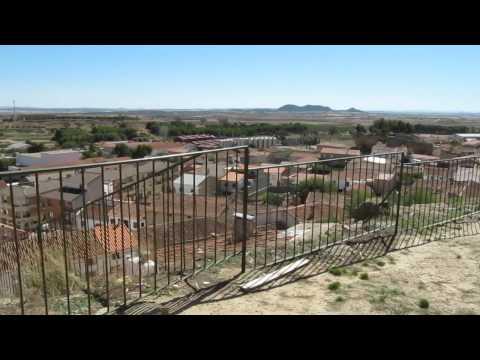 MVI 0136, Restos del Castillo, la Ermita de Santa Barbara y la Iglesia de Santa Quiteria