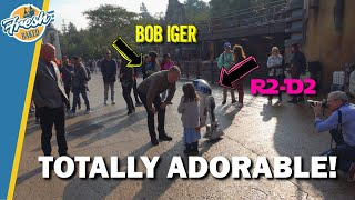 R2D2 Encounter in Galaxys Edge featuring Bob Iger!!