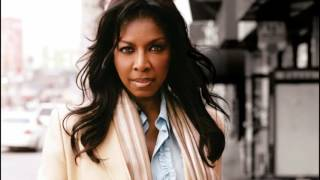 Watch Natalie Cole 5 Minutes Away video
