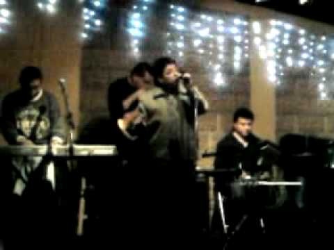 EDDY MARTINEZ y EL GRUPO DKDA EN EL RESTAURANT