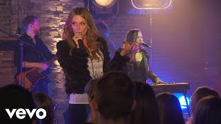 Carly Pearce Hide The Wine Live On The Honda Stage At The Cruise Rooftop
