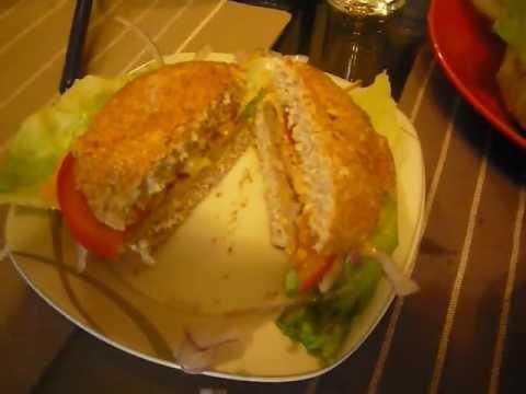 RECETAS DE COMIDAS, DESAYUNO PARA DIABETES,Hamburguesas de pollo en salsa de Rocoto