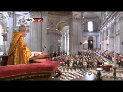 Diamond Jubilee: Queen Watches Flypast At End Of Celebrations