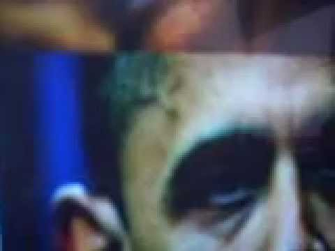 WHAT IS THIS 'THING' ON OBAMA'S HEAD????????? Music Videos