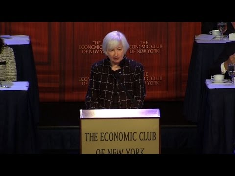 Yellen sees 'gradual' rate hikes, unclear inflation outlook
