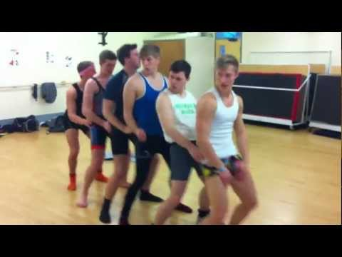 Eltham College Fashion Show Video Cover Of Call On Me - Eric Prydz (radio Edit) video