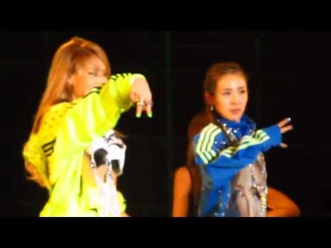 2NE1(투애니원) - Can't Nobody at Snoop Dogg Live in Korea