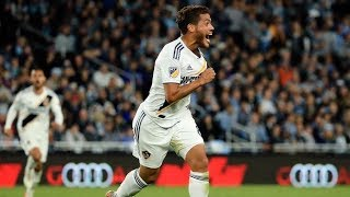 GOAL: Jonathan dos Santos scores a world-class finish to help LA Galaxy double their lead