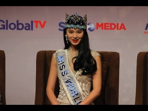 The Most Beautiful Girls In The World On Opening Conference The Show Miss World 2013 Bali.[full] video