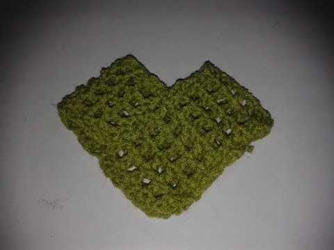 Cómo formar un poncho o capa con dos rectángulos tejidos a gancho o agujas.