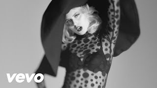 Watch Amanda Jenssen Dry My Soul video