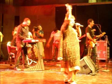 Takay Ki Aayegi Baraat By Shazia Manzoor ( Chan Makhna )