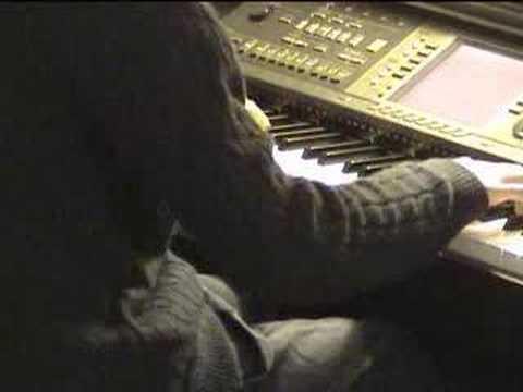 Na Tum Jaano Na Hum On Piano By Aakash Gandhi video