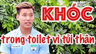 Văn Thanh kể chuyện khóc trong toilet bên Hàn Quốc | Thăm nhà cầu thủ