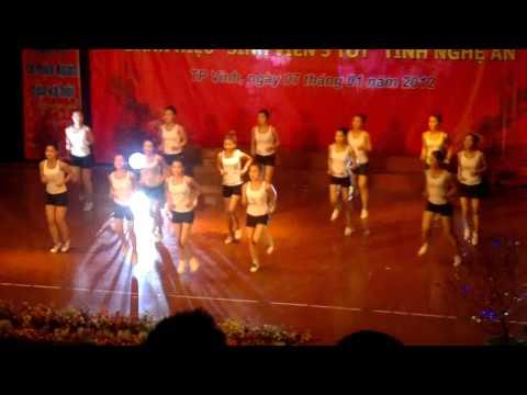 đội tuyển nhảy erobic H&B  Trường CĐSP Nghệ An