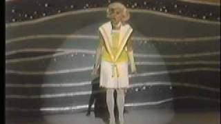 Carol Channing - Introduction: Little Girl From Little Rock