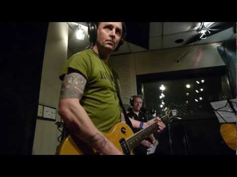 Mike McCready&Star Anna - Keep On (Live on KEXP)