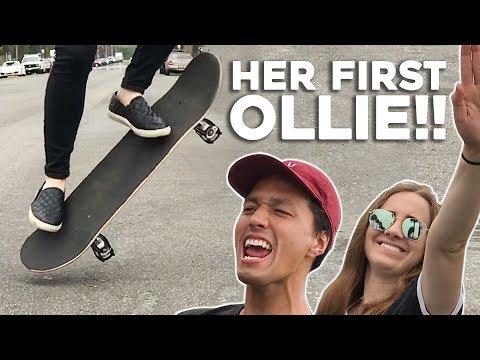 TEACHING MY GIRLFRIEND HER FIRST OLLIE!!!