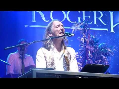 Live in Paris Olympia - Supertramp Co-founder Roger Hodgson, with Band - Death And A Zoo
