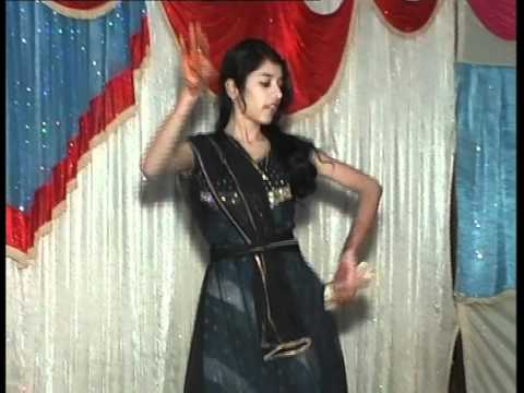 my dance on mahila sangeet function :D
