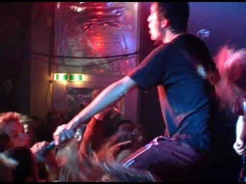 Heaven Shall Burn - Bleeding To Death (Live)