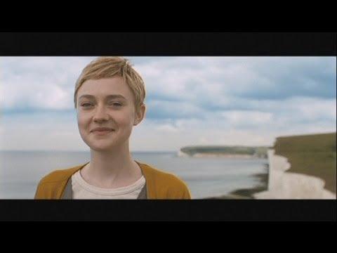 Euronews cinema now is good o c mo ser feliz antes de for Espejo que sale en una pelicula