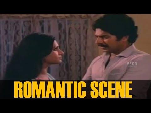 Mammootty and Seema Romantic Scene     Sandhyakku Virinja Poovu