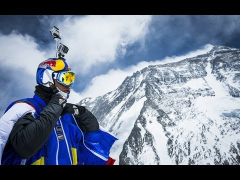 Russian makes world's highest base jump from Mount Everest