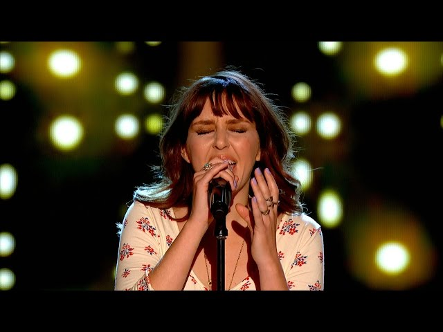 Esmée Denters performs 'Yellow' - The Voice UK 2015: Blind Auditions 3 - BBC One