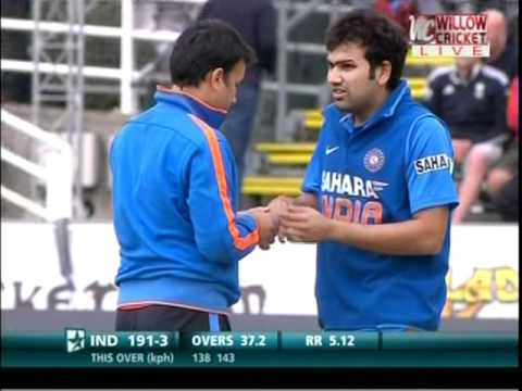 Rohit Sharma Injured - Extreme Reaction to the Pain
