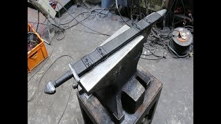 Forging a wild Damascus Viking sword, the complete movie.