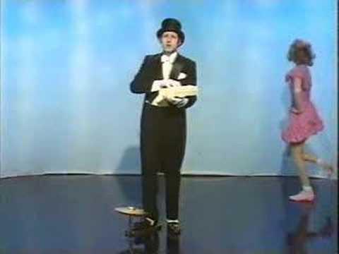 Neil Innes - Im The Urban Spaceman