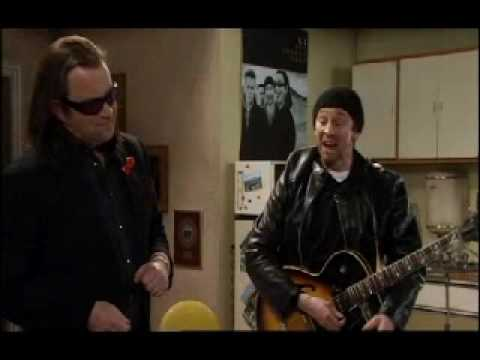 U2, The Edge at home, Bono visits
