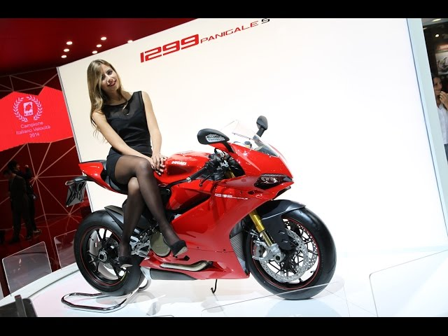 Vid�o Ducati 1299 Panigale S 2015, l'hypersportive se d�voile � Milan