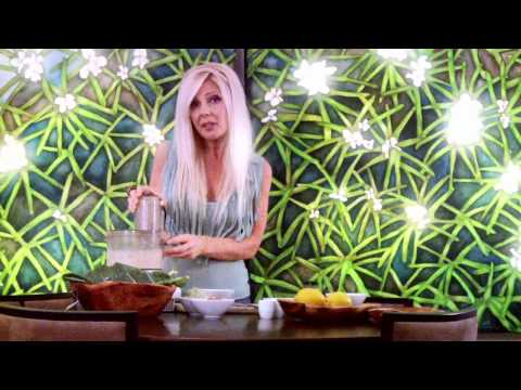 "Raw Food Recipe : Raw Vegan Chipotle ""Cheeze"" Wraps"