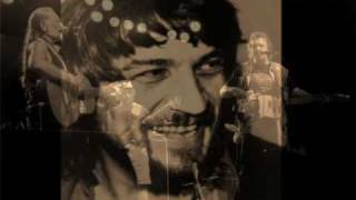 Watch Waylon Jennings Armed And Dangerous video