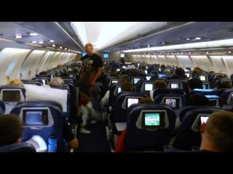 Boarding and onboard Delta airlines Detroit - Amsterdam Airbus A330