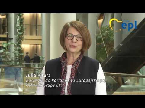 Życzenia świąteczne - Julia Pitera posłanka do Parlamentu Europejskiego