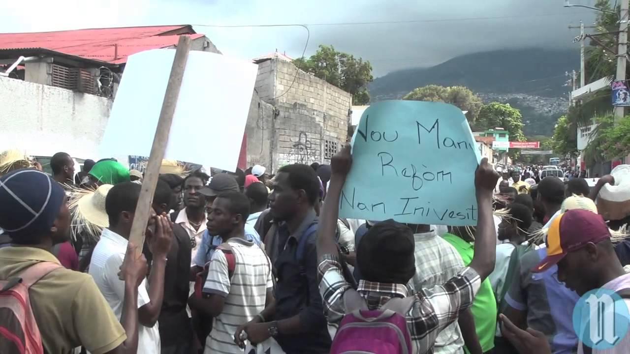 Nouvelle manifestation d 39 etudiants port au prince youtube - Manifestation a port au prince aujourd hui ...