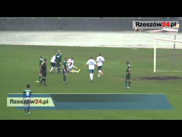 Stal Rzeszów - Izolator Boguchwała 1:0 Samobójczy gol daje zwycięstwo