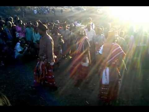D-002 Tarian PERANG pada Reuni Perdana Nonot Pitai Uf di Kaki...