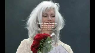 Watch Emmylou Harris One Paper Kid video