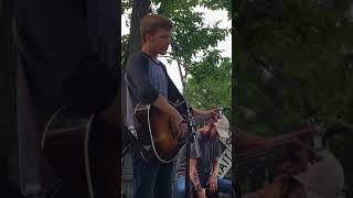 Download Lagu Britton Buchanan - Pink Houses (High Def) Gratis STAFABAND