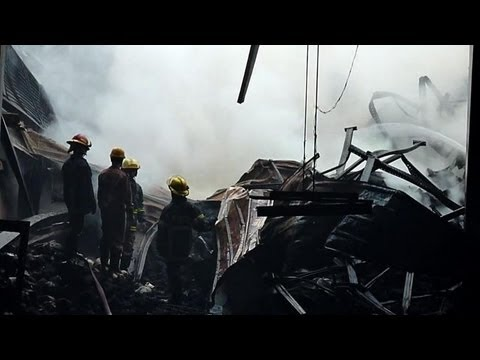 Deadly fire hits Bangladesh garment factory
